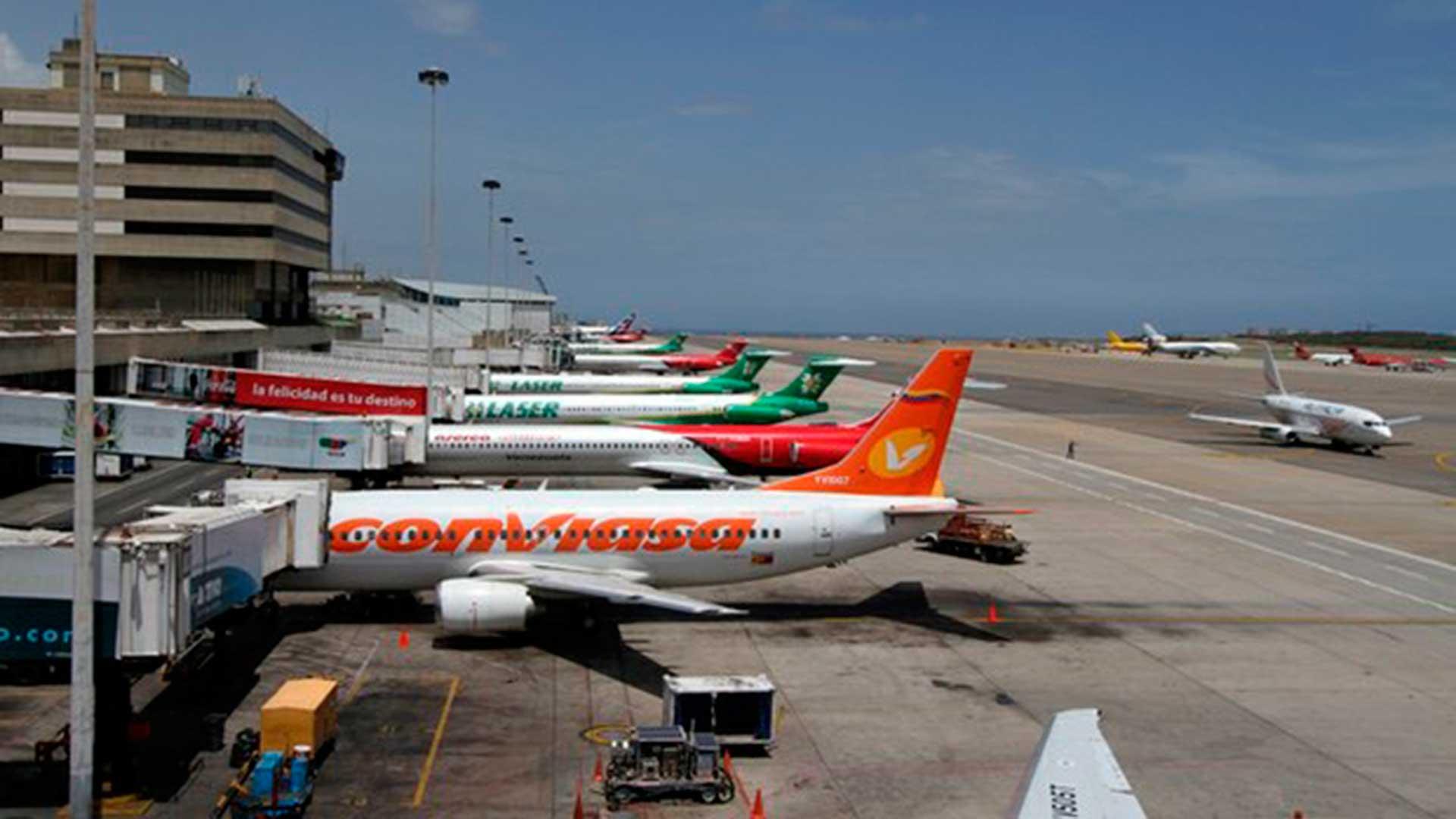 Gobierno evalúa reactivar los vuelos nacionales