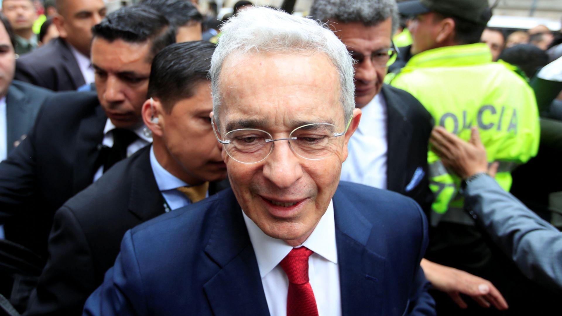 Corte Suprema de Colombia ordenó arresto domiciliario para Álvaro Uribe