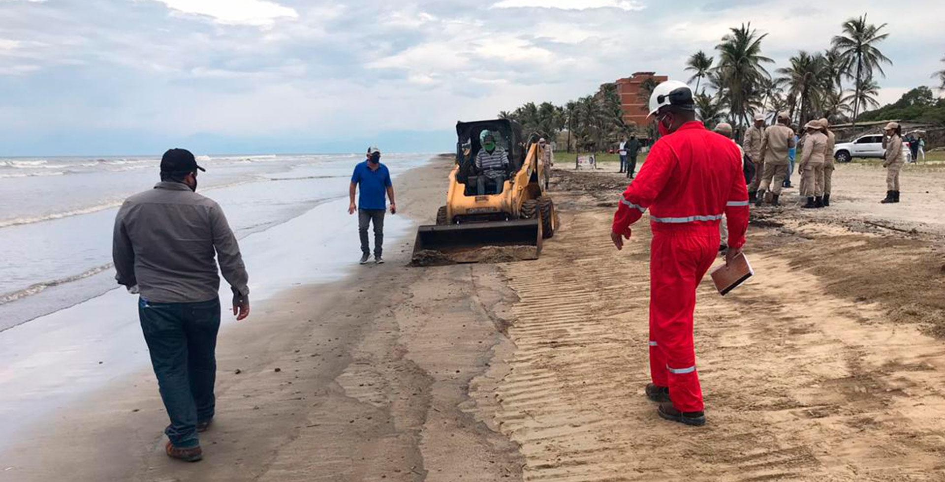 Clima21 exige al Estado venezolano acciones para mitigar el impacto del derrame petrolero en Falcón