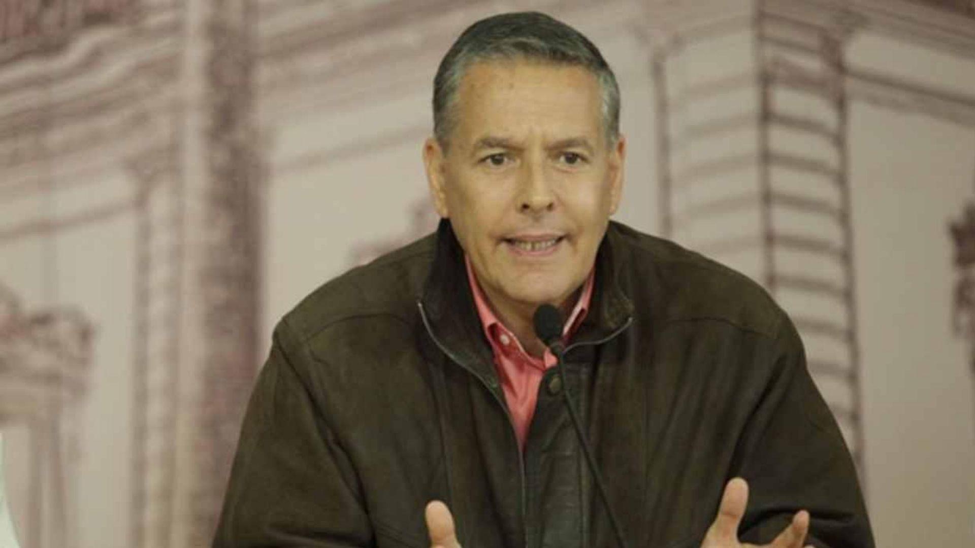 Alcalde del municipio Sucre confirma contagio de COVID-19
