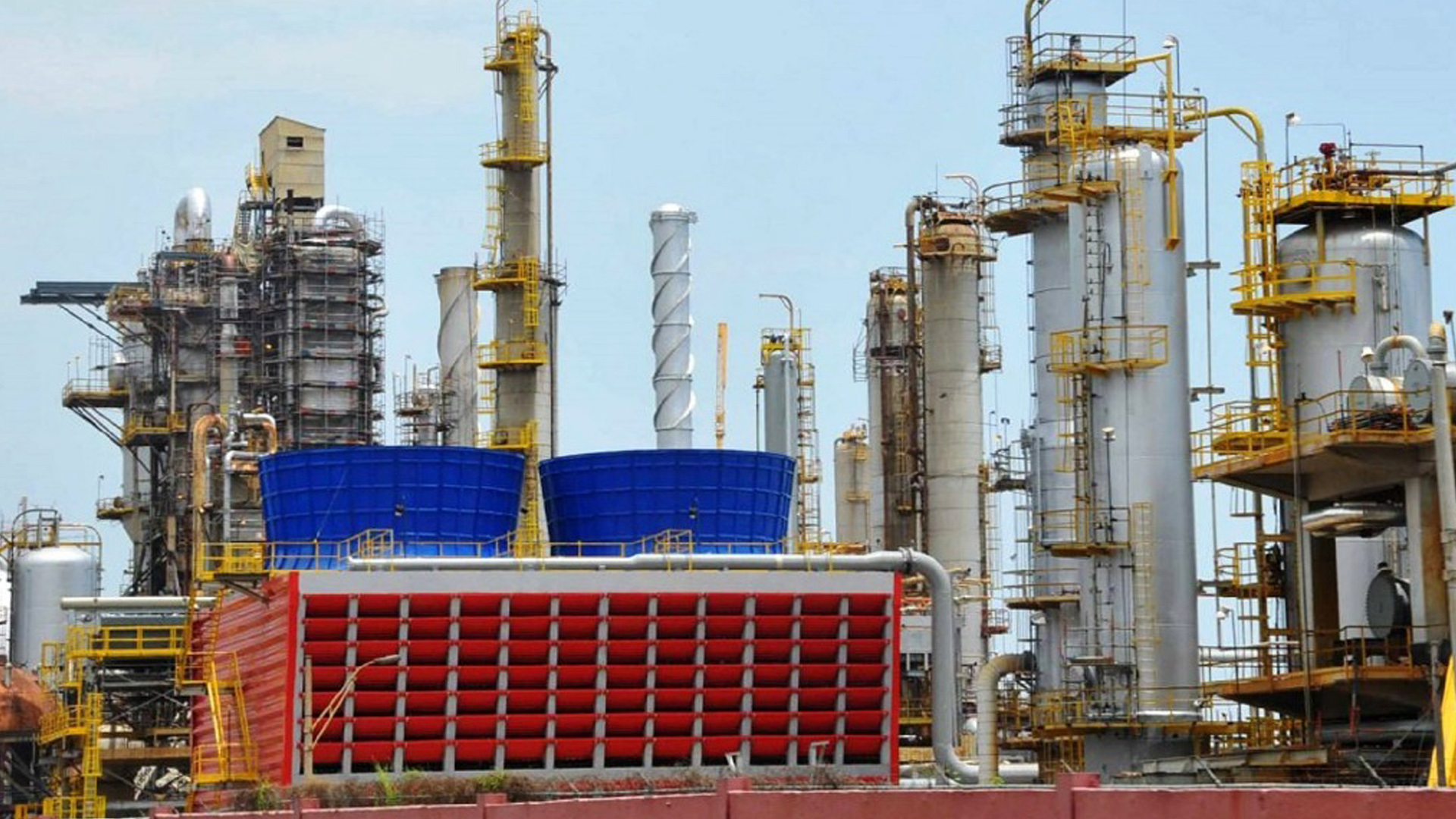 Refinería El Palito retomó operaciones a 7% de su capacidad