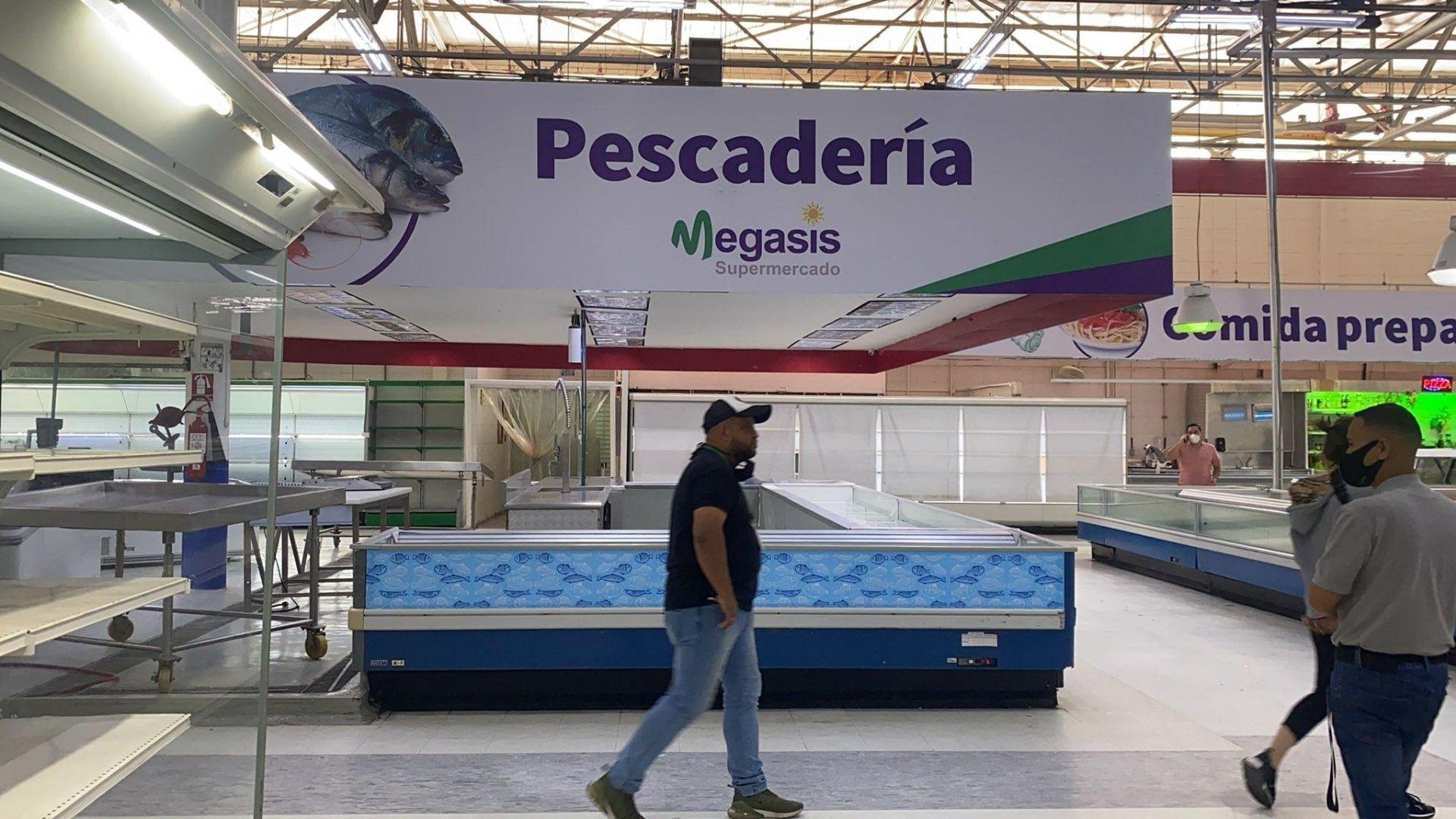 Supermercado iraní Megasis registra un trabajador con COVID-19