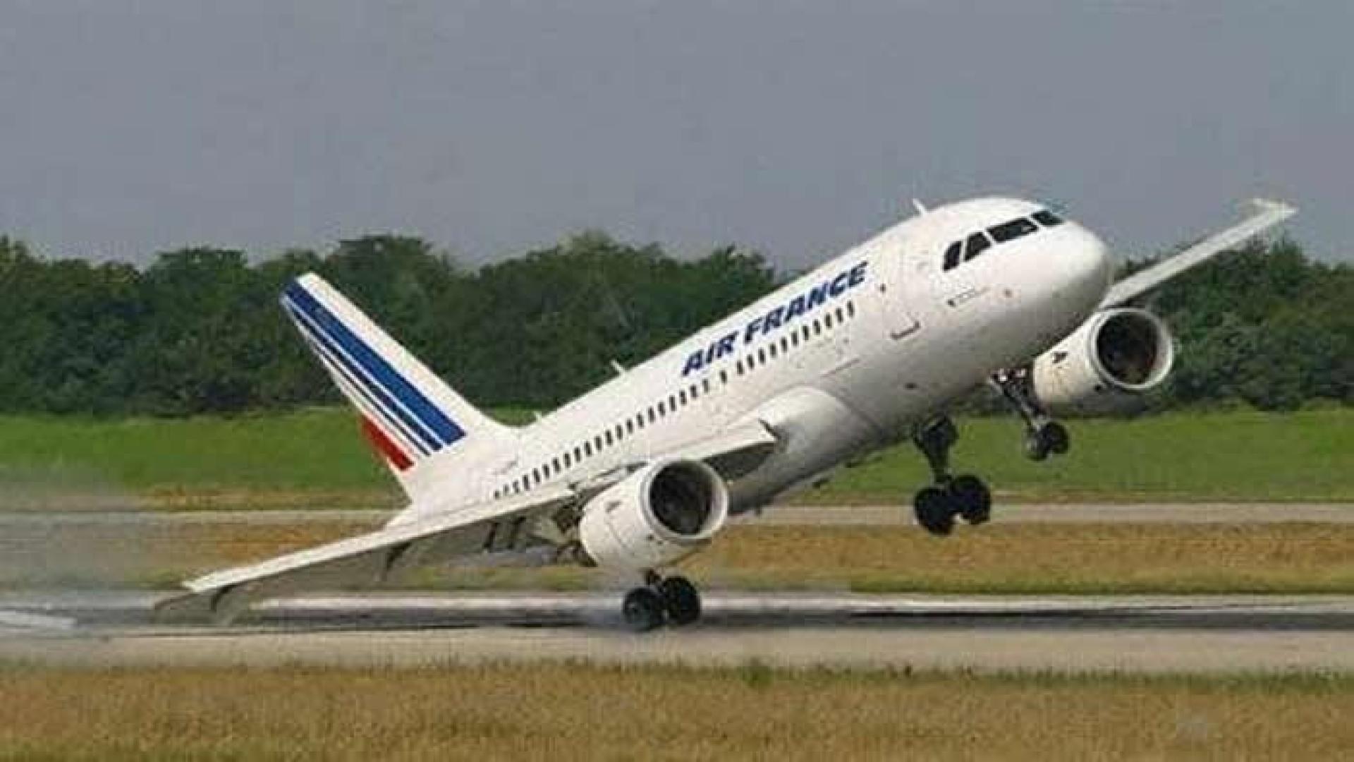 Air France suspendió temporalmente sus operaciones en Venezuela