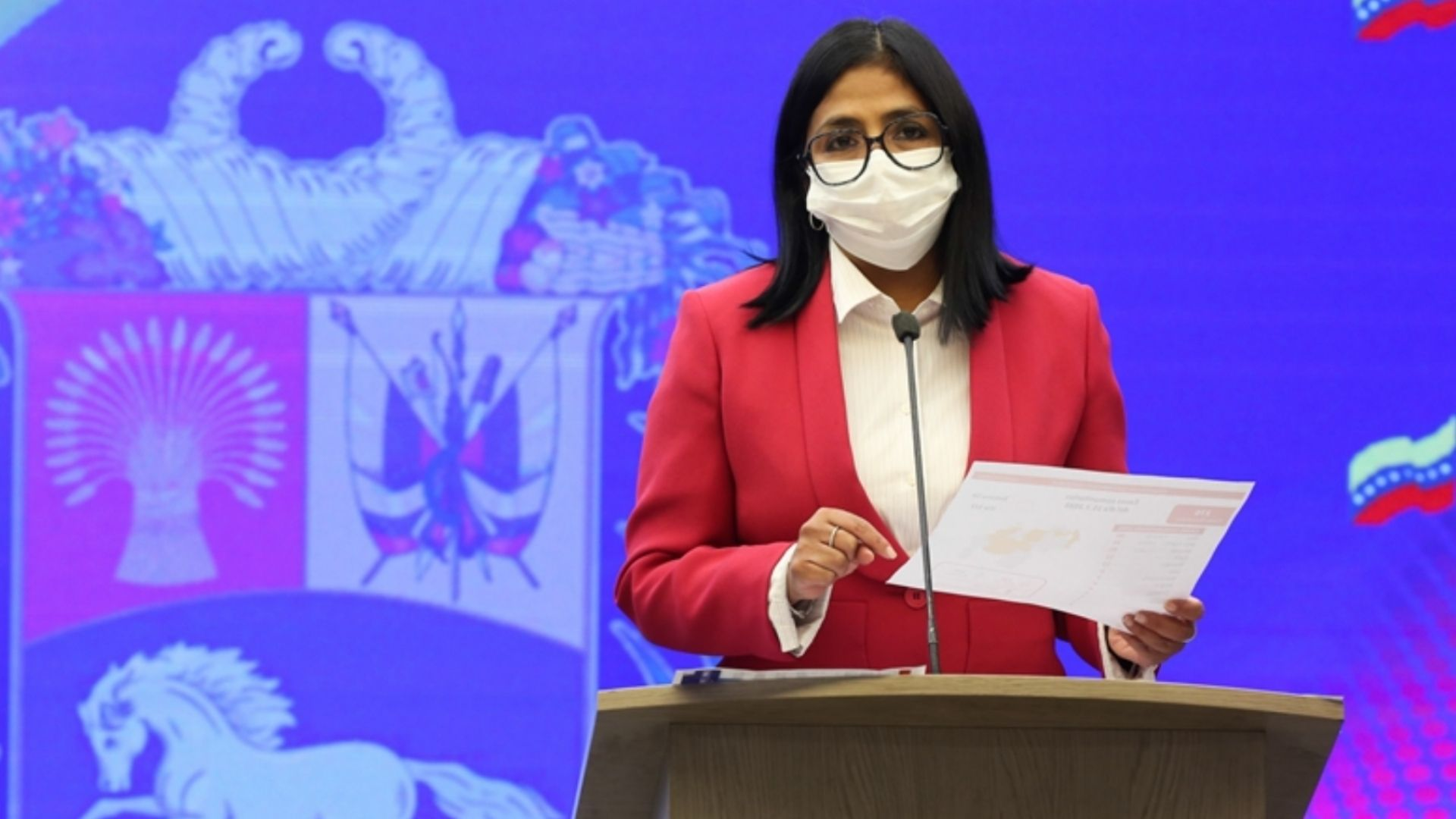 """Delcy Rodríguez propone """"oferta condicionada"""" para el pago de bonos de Pdvsa"""