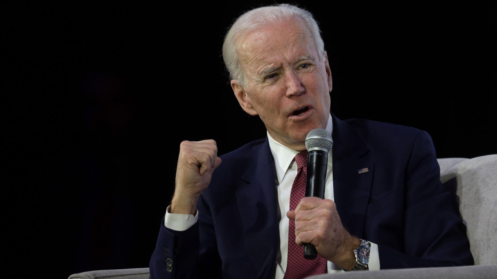 """Biden dice que reafirma su """"compromiso de apoyar al pueblo venezolano"""""""