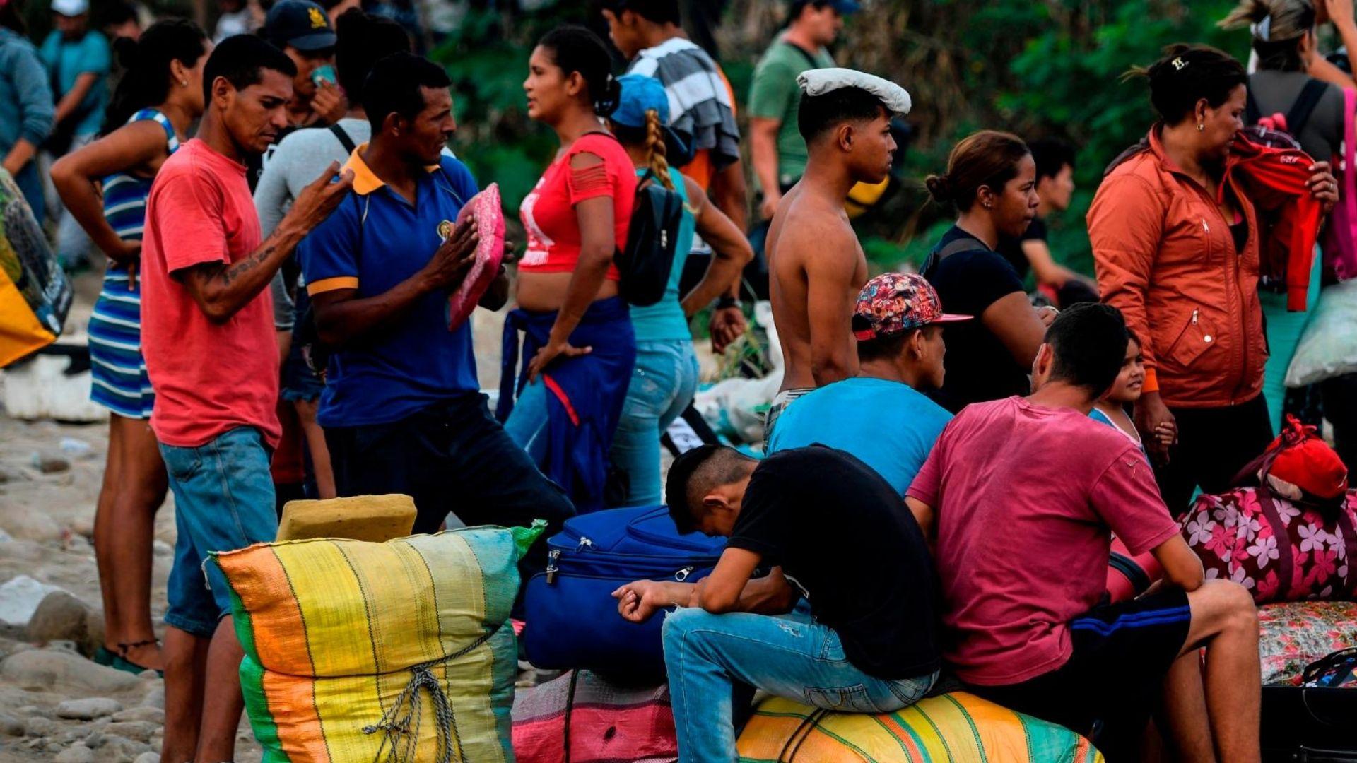 Denuncian que Trinidad y Tobago deportó a 16 menores venezolanos