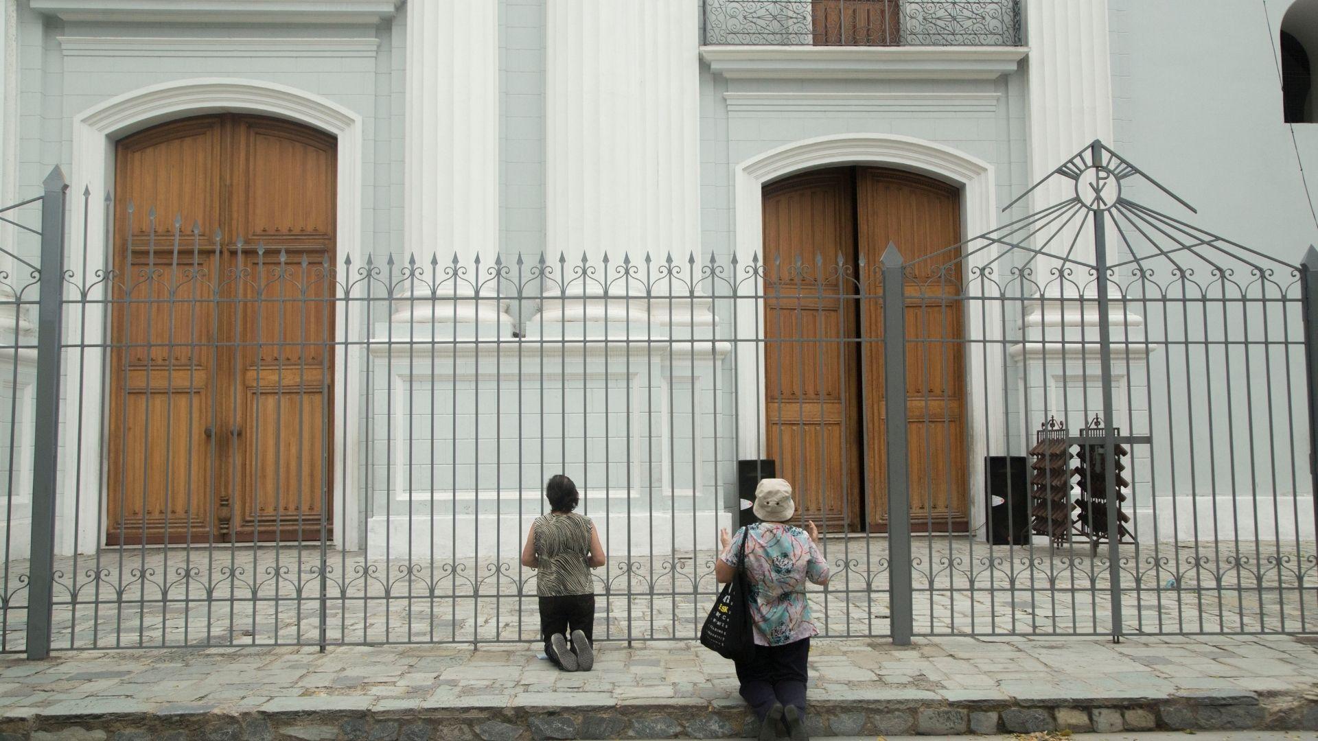 Basabe: Será la Iglesia quien decida cuándo se reabrirán los templos