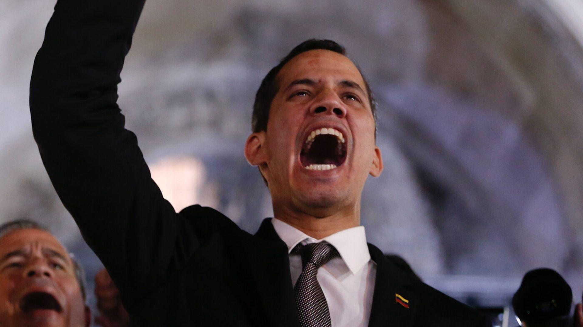 """Guaidó rechazó la """"desaparición forzada"""" del periodista Roland Carreño"""