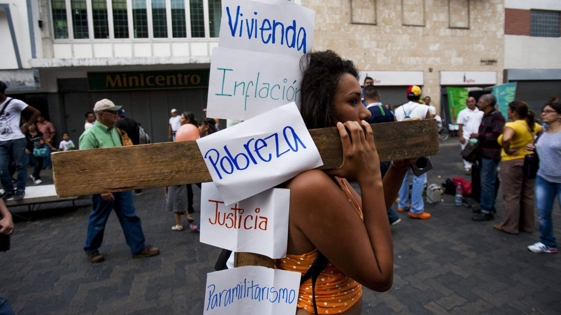 Transparencia Venezuela presenta crónicas de una emergencia humanitaria