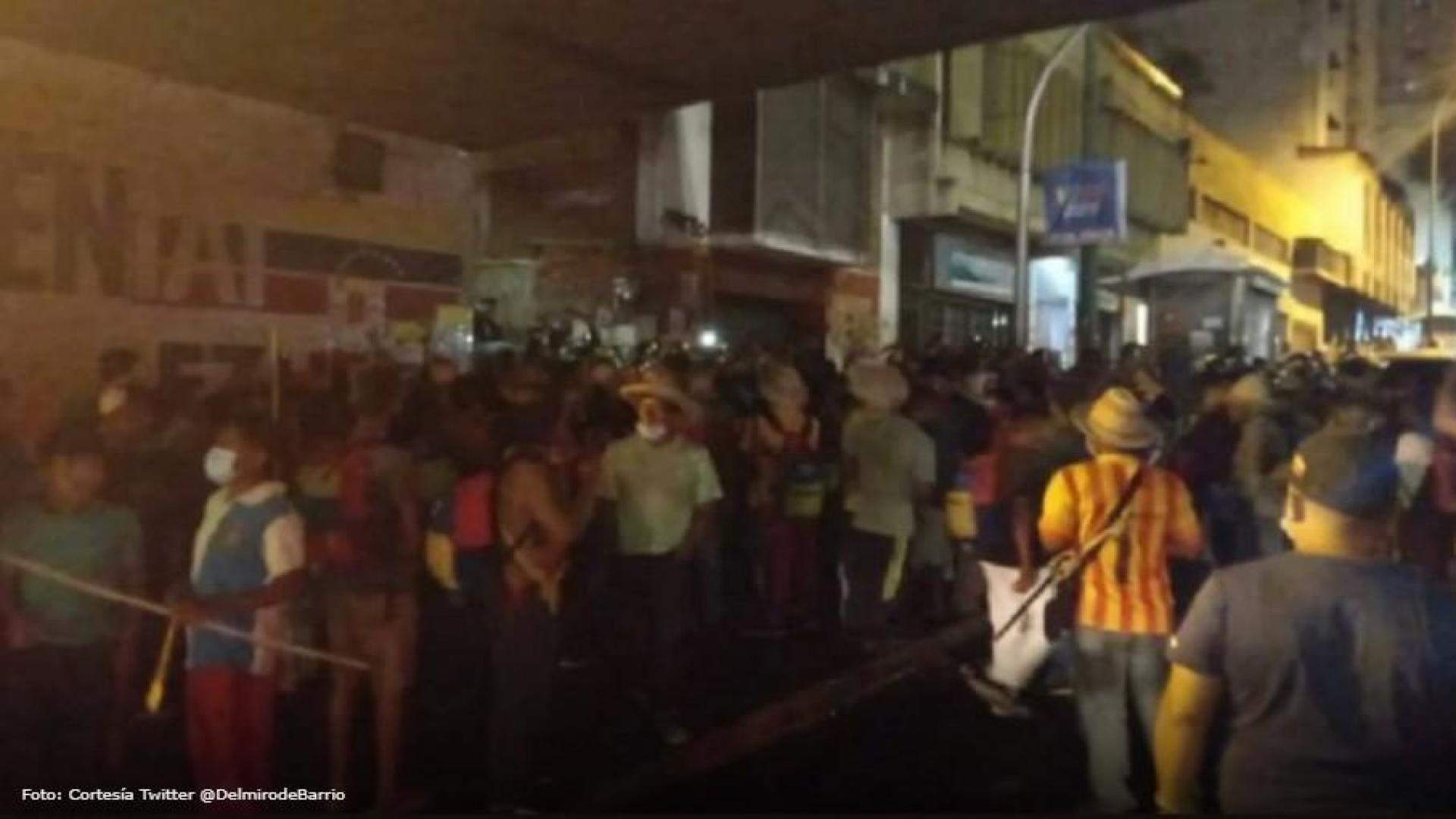Indígenas protestaron cerca de Miraflores y pedían ser recibidos por Maduro