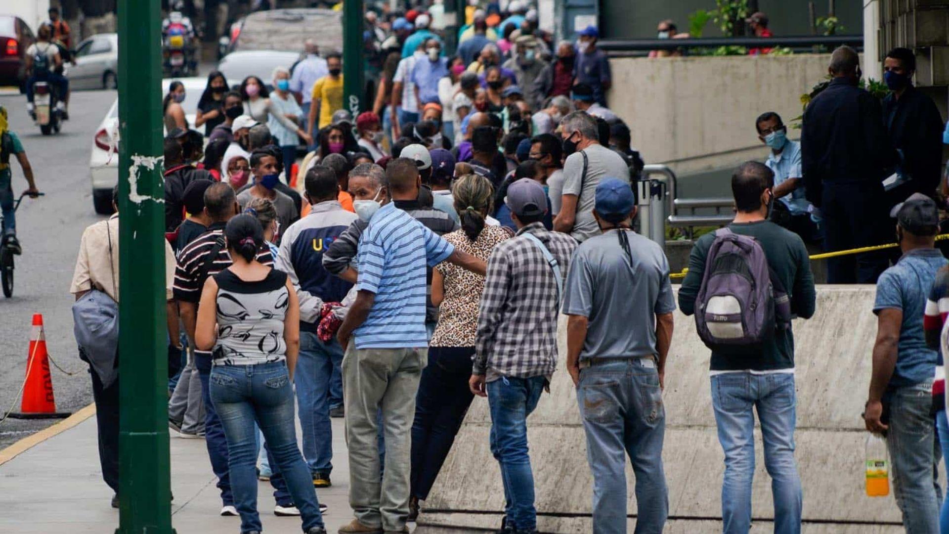 Inicia mes de flexibilización navideña en Venezuela