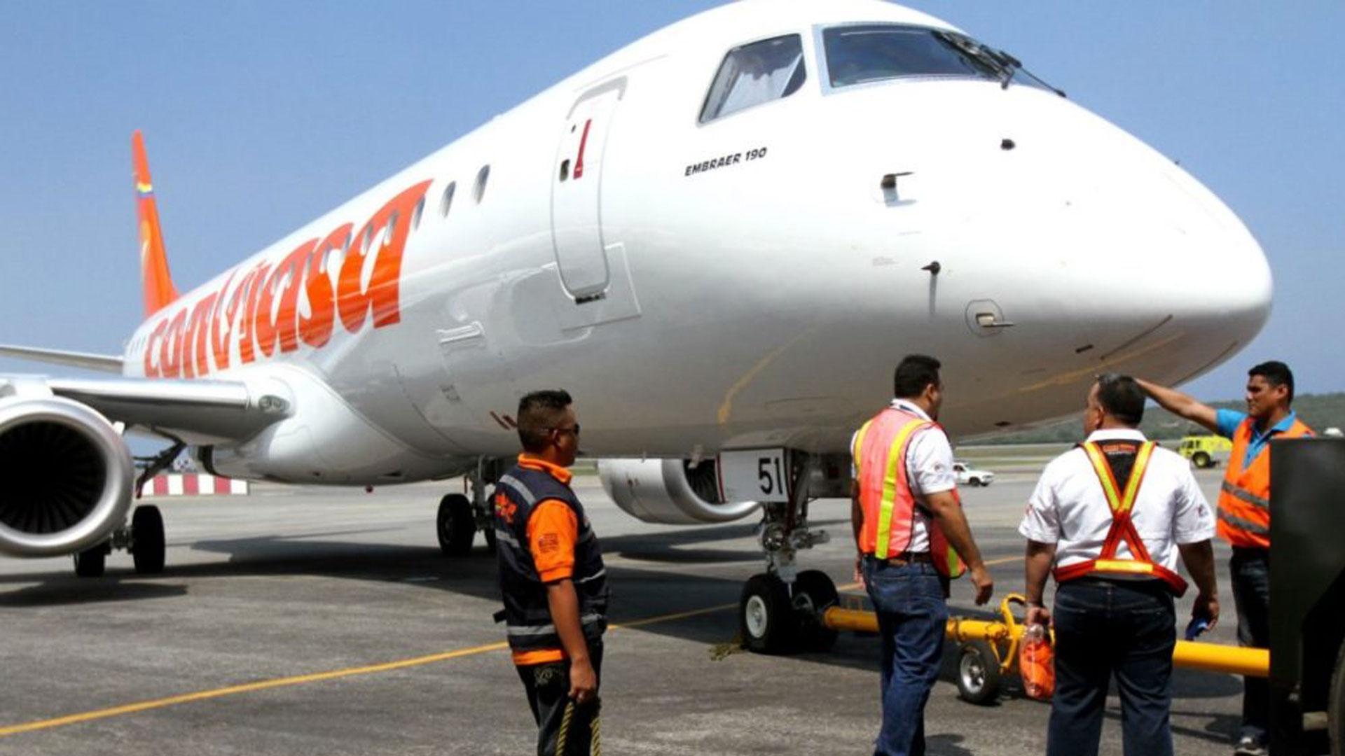 Aerolíneas venezolanas reinician operaciones con plomo en el ala
