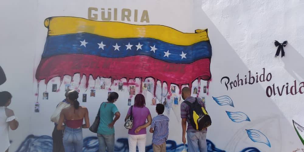 NáufragosDeGüiria | Amedrentamiento policial no impide homenaje a las víctimas