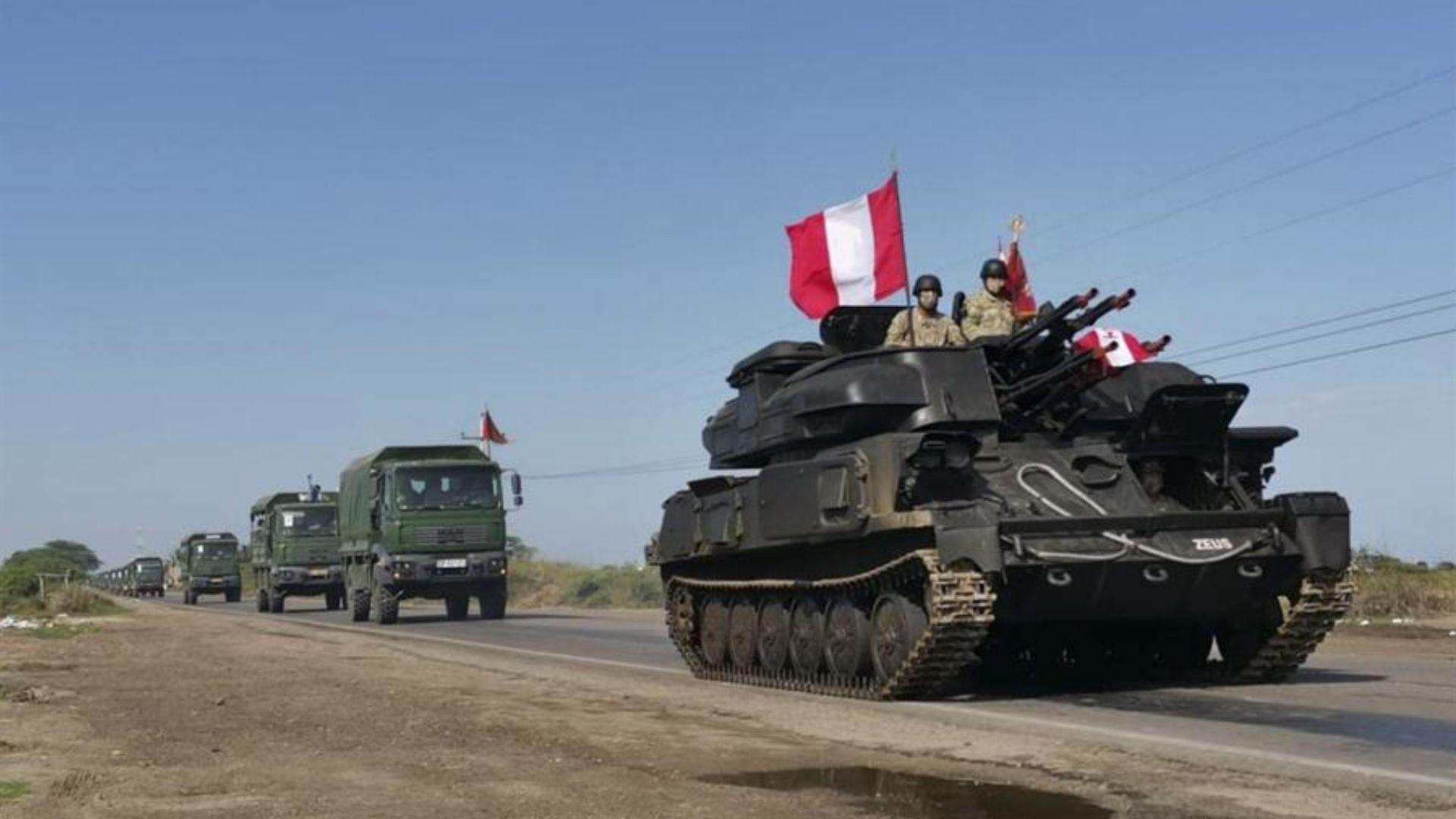Perú despliega el Ejército en la frontera con Ecuador por inmigración ilegal
