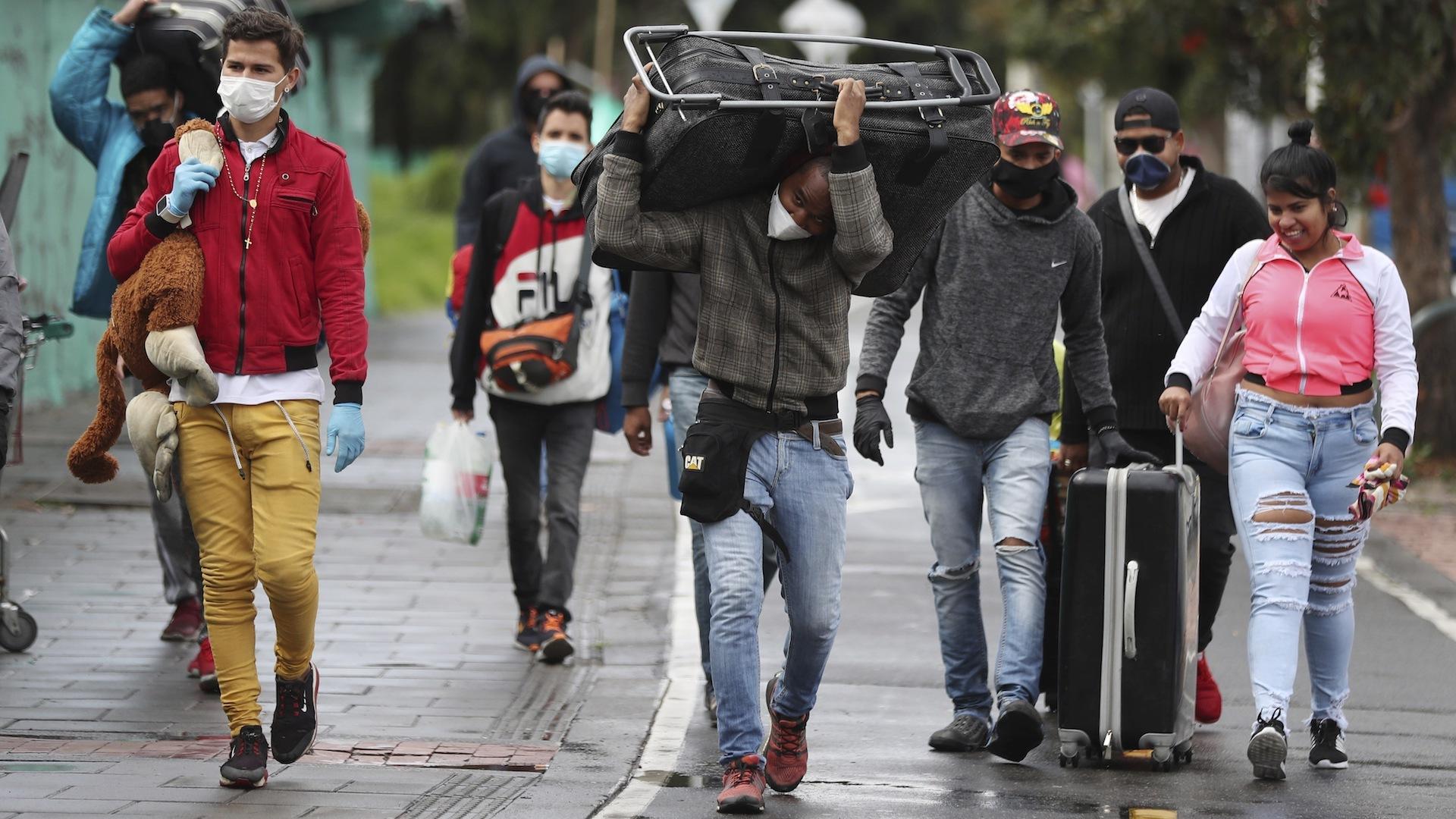 Reflujo de caminantes evidencia profundización de la emergencia humanitaria en Venezuela