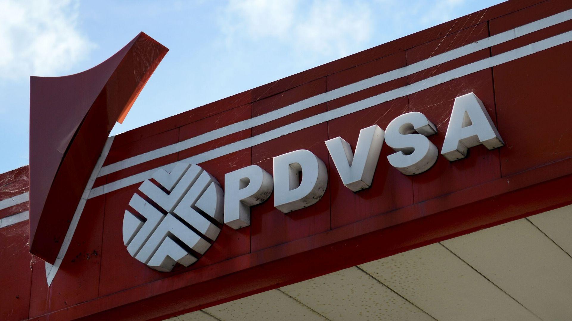 Resultado de imagen para 5 años de cárcel a dos ex gerentes de PDVSA por filtrar información seinsible